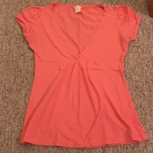 Maurice's coral v neck empire waist T-shirt M